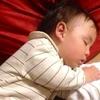 1歳児のお昼寝、どのぐらいの時間、何回寝るものなの?のタイトル画像