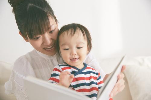 赤ちゃんとの絵本スタート*おすすめ絵本をご紹介のタイトル画像