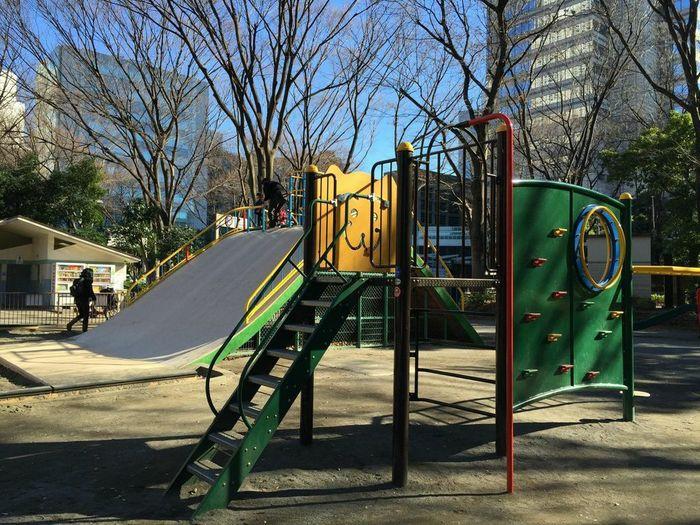 新宿にもあった!子どもが遊べる大きな公園の画像1