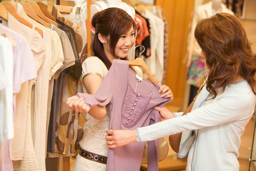 アラフォーママだってプチプラ服でお洒落したい!無駄なく良い買い物をするためには…のタイトル画像