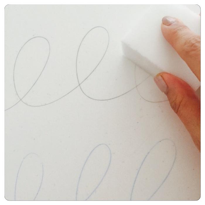 簡単、びっくり!消しゴムで消すのが大変な鉛筆汚れの落とし方の画像3