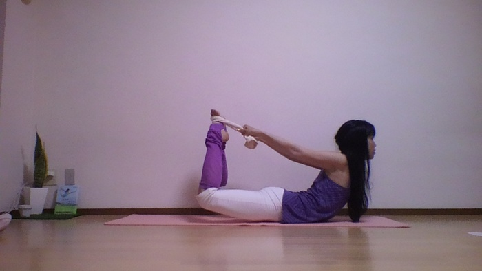 下腹ポッコリにさようなら!姿勢を変えるだけでスリムになれるタイプ別引き締めエクササイズの画像3
