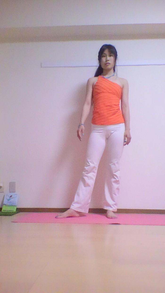 産後のおすすめ!腰痛をまねく骨盤のゆがみを解消する簡単エクササイズの画像1