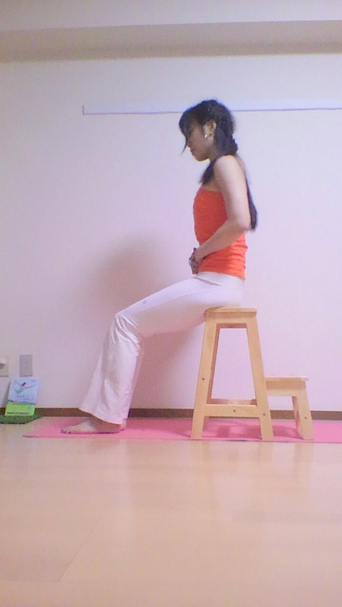 産後のおすすめ!腰痛をまねく骨盤のゆがみを解消する簡単エクササイズの画像3
