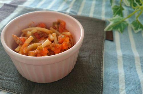 1品で栄養満点!離乳期でも食べられるミートスパゲティレシピのタイトル画像
