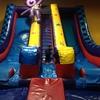 アメリカの誕生日パーティー~アメリカには誕生日パーティー専用施設がある!?~のタイトル画像