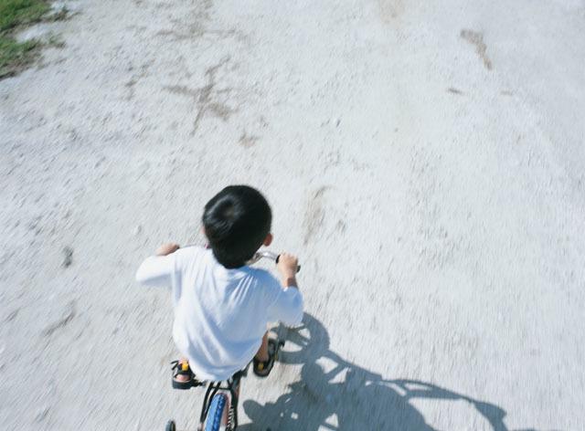 赤ちゃんのプレゼント選びに困った時に!外遊びに大活躍の「ストライダー」の画像2