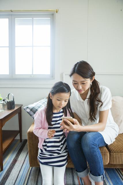 子育て中のスマートフォン使用どうしてますか?我が家流スマホルールをつくろう!の画像1