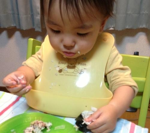 幼児期のご飯を食べない・食べムラの悩みに!食べる前の体験が食欲を促進する?のタイトル画像