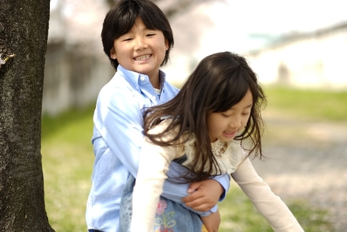 「妹のことで、嫌な思いしたことある?」お兄ちゃんの答えから、障害児の兄妹子育てについて考えるのタイトル画像