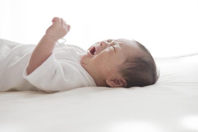 夜泣きに悩むママさんへ~アメリカの小児科直伝!夜泣きの解決法~の画像1