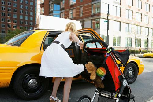 京王線沿線のママなら知っておきたい!マタニティ期からキッズ期まで使えるタクシー利用方法のタイトル画像