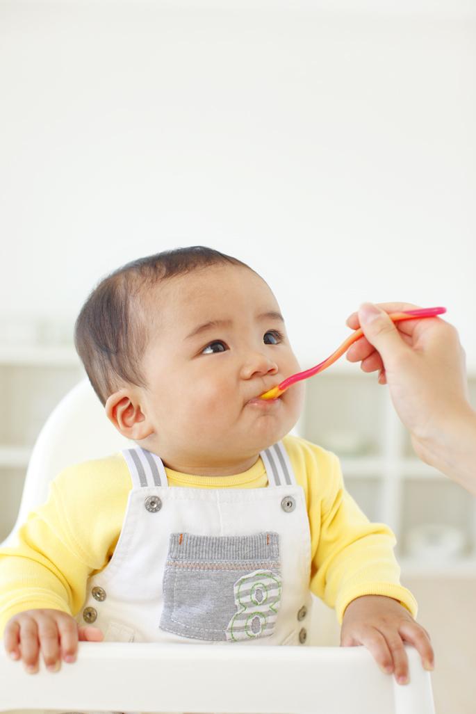 赤ちゃんと外食をする時の便利グッズ「チェアベルト」の画像1