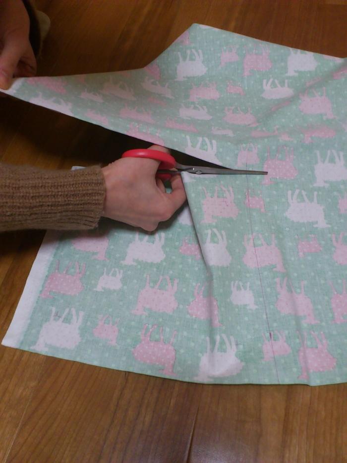 """家にある布で簡単かわいい!""""ファブリックパネル""""の作り方の画像3"""