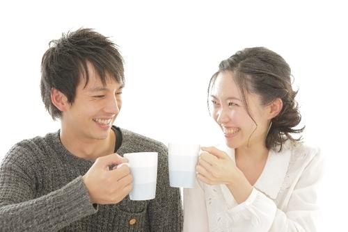夫婦で毎日16分会話するだけで、月収●●万円分の幸福感が得られる!?その驚きの効果とはのタイトル画像
