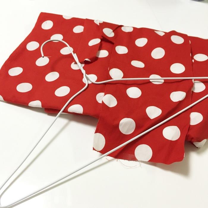 針金ハンガーをリメイクする方法!かわいい針金ハンガーで着替えをより楽しく♪の画像1