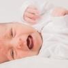 大学で泣き出した赤ちゃん…教授がとった意外な行動とは?のタイトル画像