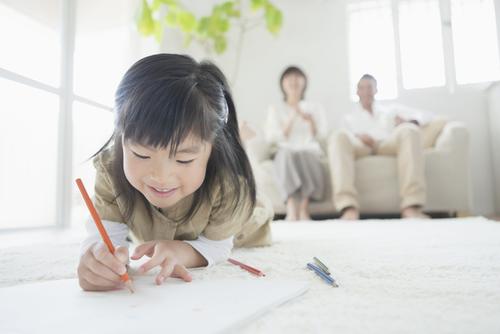 現代の育児は「潜水艦型」!?だからこそ気をつけたい、子どもへの声がけポイントとはのタイトル画像