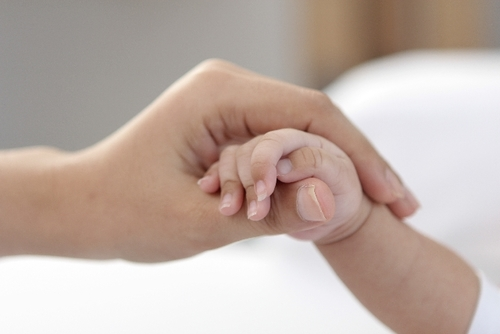 元NICU看護師が観た「コウノドリ」〜若年出産のリアルと命の教育についてのタイトル画像