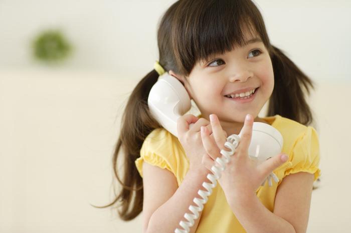 子どもに電話を取らせるのは良い教育か?マナー違反か?の画像1