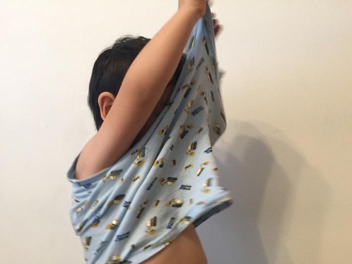 「1人でお着替えしたい!」子どものやる気を伸ばす、上手なサポートのコツの画像3