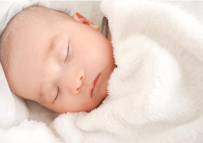 家でもできる!赤ちゃんの写真が一気にプロっぽく撮れちゃう4つのアイテムの画像1