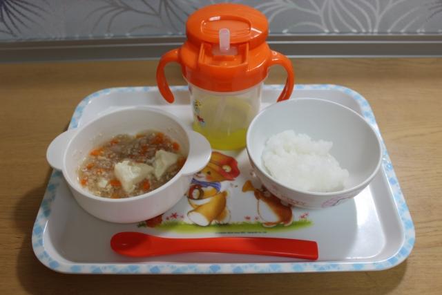 離乳食食器の人気のおすすめ材質別15選!木や陶器の違いは何?の画像1