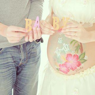 【マタニティペイント】妊婦のお腹にペイントを?ベリーペイントの料金・特徴まとめのタイトル画像