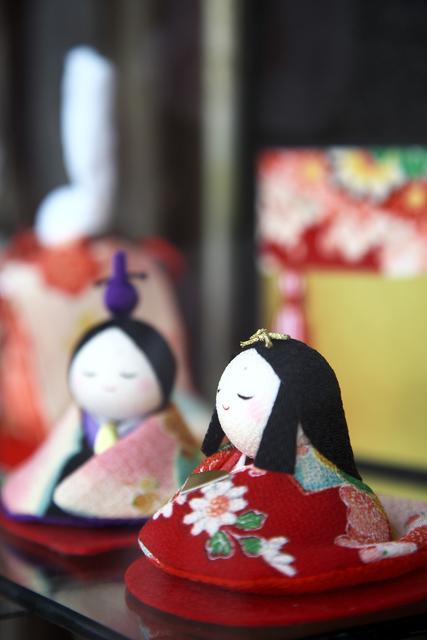 雛人形を飾る意味とは?いつから飾るの?由来、飾る時期、ポイントまとめのタイトル画像