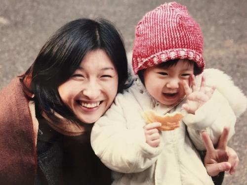 触れ合うことで「自己肯定感」が育まれたのは、娘よりわたしの方だったのタイトル画像