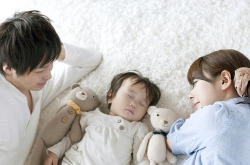 記憶はないはずなのに…赤ちゃんの頃の思い出が残っているのは、どうして?のタイトル画像
