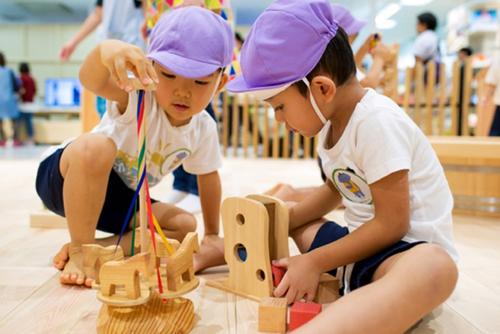 子どもの好奇心を伸ばす仕掛けがいっぱい♡イオンの新しいベビー・キッズ向け専門店がオープン!のタイトル画像