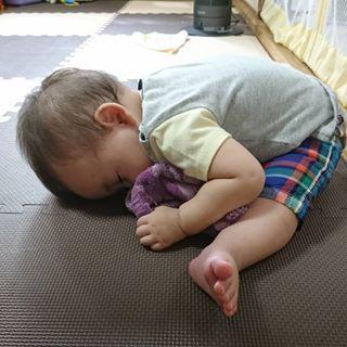 インスタで大流行!「#我が子の最強寝相」が本当に最強♡まとめの画像8