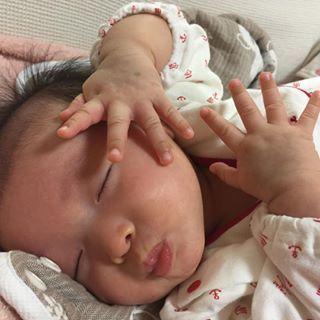 インスタで大流行!「#我が子の最強寝相」が本当に最強♡まとめの画像20