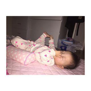 インスタで大流行!「#我が子の最強寝相」が本当に最強♡まとめの画像11
