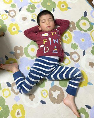 インスタで大流行!「#我が子の最強寝相」が本当に最強♡まとめの画像26