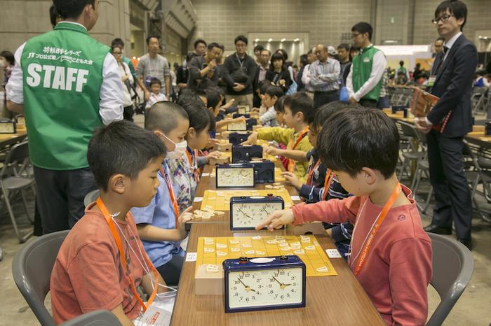 中学生プロ棋士・藤井聡太四段もかつては負けて大泣き!? 子どもの将棋大会に遊びに行こう の画像7