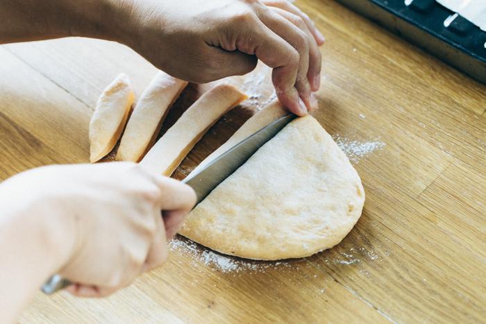 離乳食にも!「前の日5分→朝10分」の手作り野菜スティックパン♪の画像16