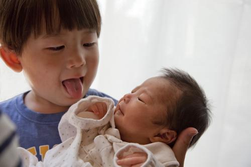 小さな命を守るNICU。300グラム以下の赤ちゃんも健やかに育つのはなぜ?のタイトル画像