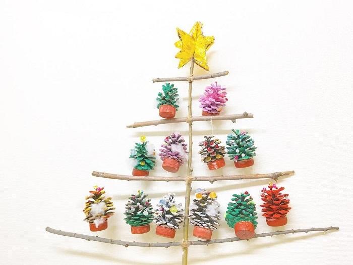 """ポイントは""""壁""""!親子で楽しめる「クリスマスの飾りづけ」アイデア集★の画像4"""