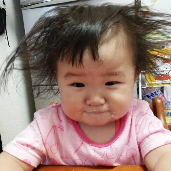 どうしたらこうなるの…?「#髪の毛爆発」ベビー&キッズにじわじわくる。の画像13