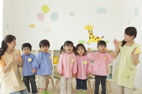 まだ出来なくても大丈夫?3月生まれの「幼稚園の入園準備」のタイトル画像