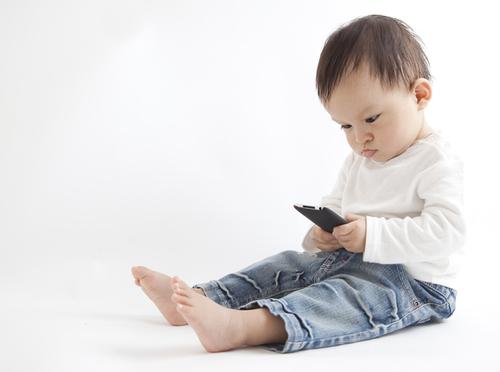 理系夫のDNA?1歳ムスコがおもちゃより好きなもの<第二回投稿コンテストNo.56>のタイトル画像