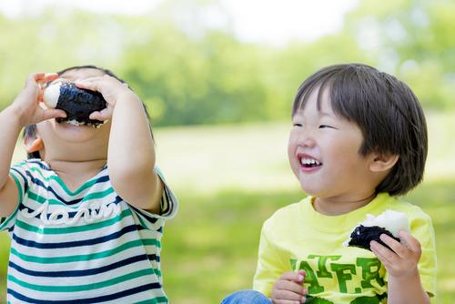 感知センサーは超高性能!野菜きらいな息子vs.母のガチンコ勝負<第二回投稿コンテストNo.61>のタイトル画像