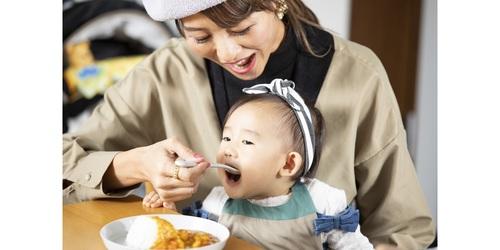 1歳の子どもの食事、手作りばかりじゃパターン化しちゃう。悩んだママがベビーフードを使ってみたら…!のタイトル画像